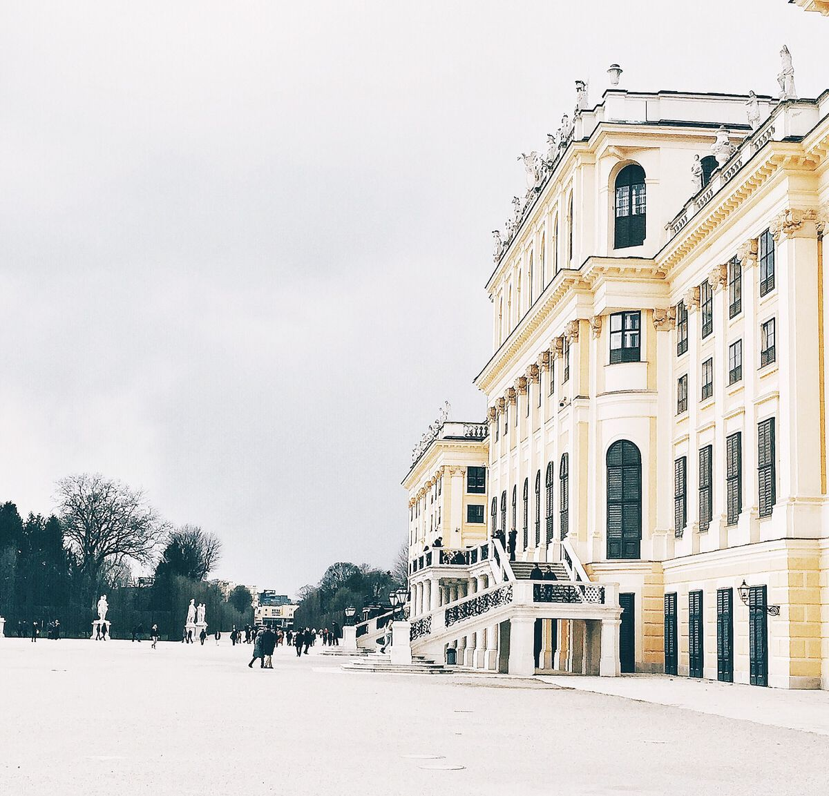 Schoenbrunn Castle Schloss Vienna Wien Austria travel blog