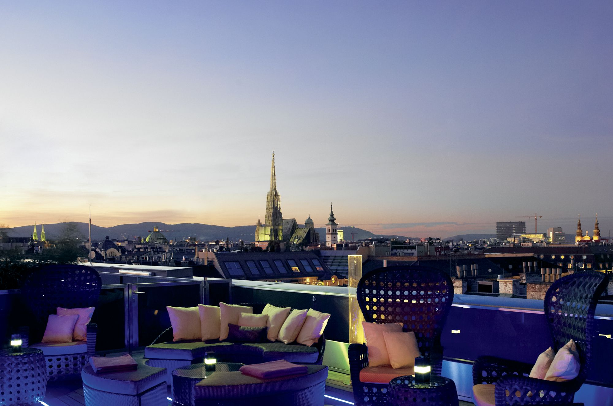 Best vienna rooftop bars with breathtaking views the for Food bar vienna