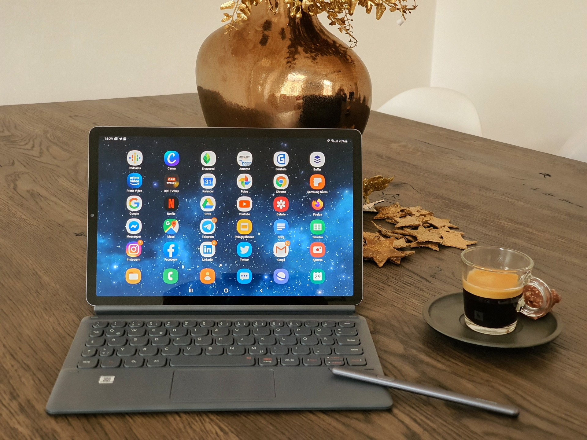 Samsung Galaxy Tab S6 The Best Tablet For Mobile Content Creators And Creative Travelers The Vienna Blog Lifestyle Travel Blog In Vienna